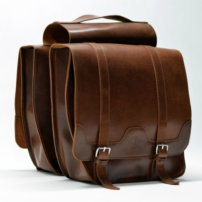 Leather bicycle panniers