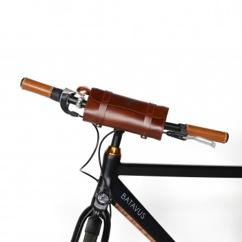Leather handlebar bag for bicycle